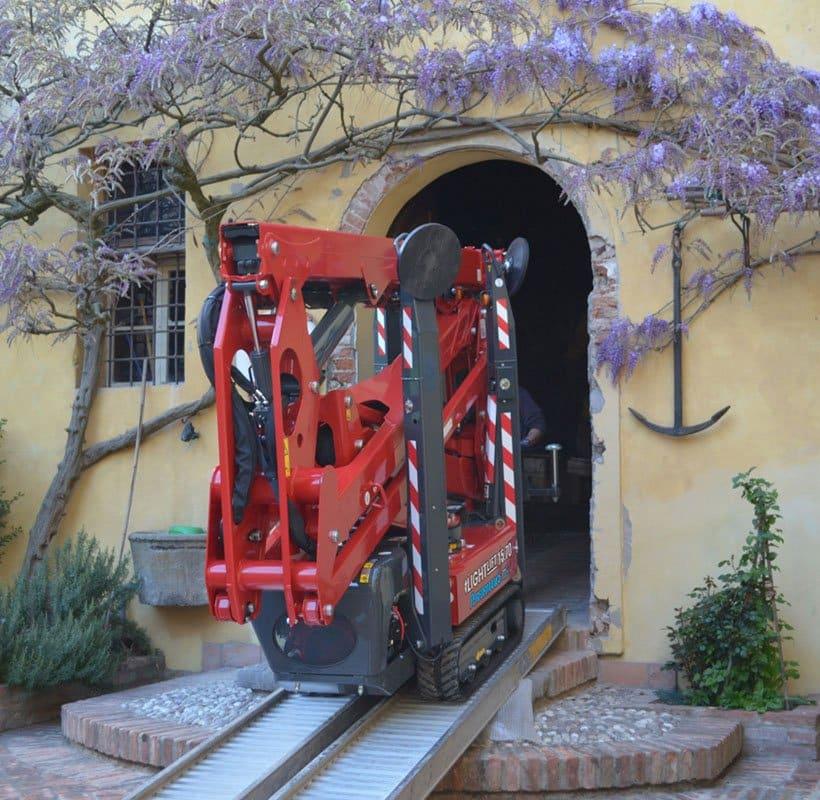 hinowa-lift-aadalen_truck